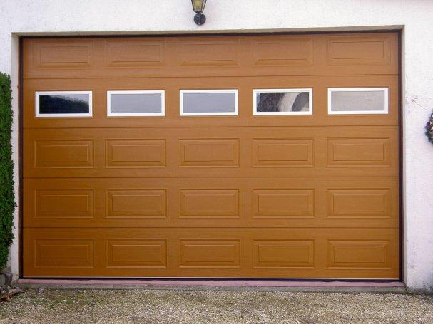IPuertas de Seguridad y de Garaje Seccionables y Motorizadas